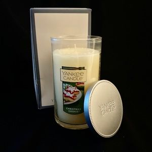 New! Yankee Candle- Christmas Cookie 80-110 Hours